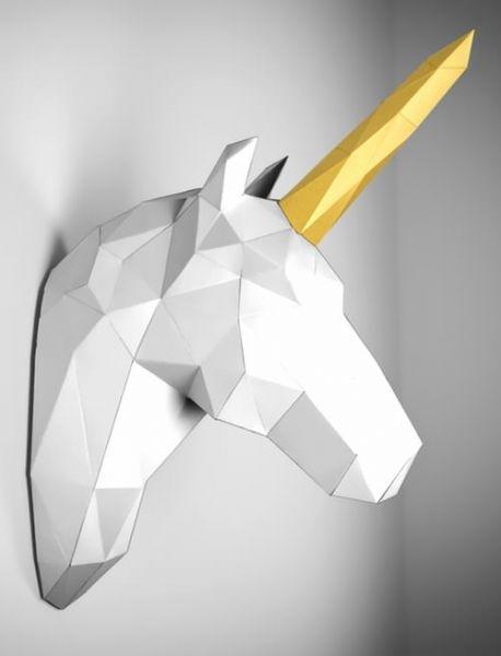 lowpoly unicorn
